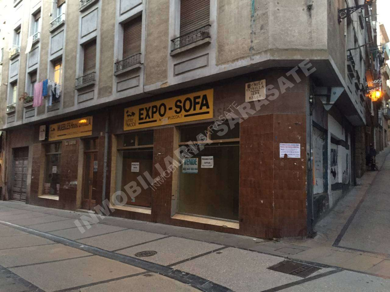 VENTA DE LOCAL COMERCIAL EN CALLE LA ESTRELLA, ESTELLA-LIZARRA | REF. (000392)