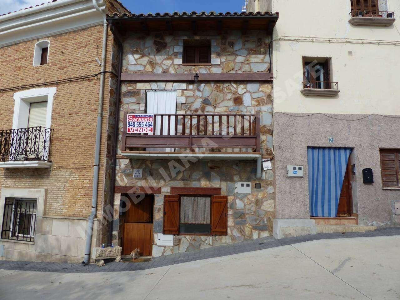 VENTA DE CASA EN C/ CANTERA, SESMA | REF. (000623)
