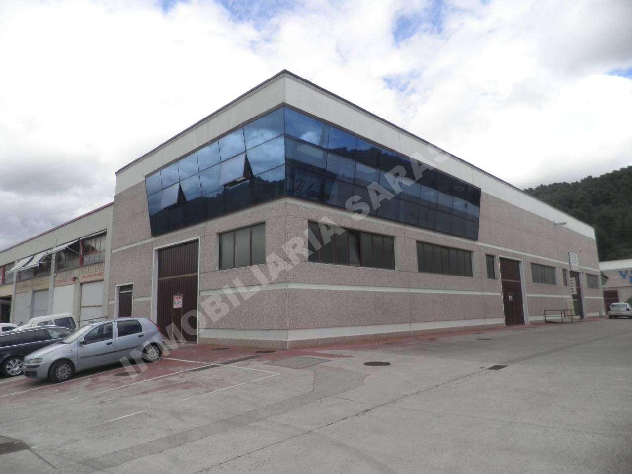 VENTA DE NAVE INDUSTRIAL EN CALLE MERCATONDOA, ESTELLA-LIZARRA | REF. (000803)
