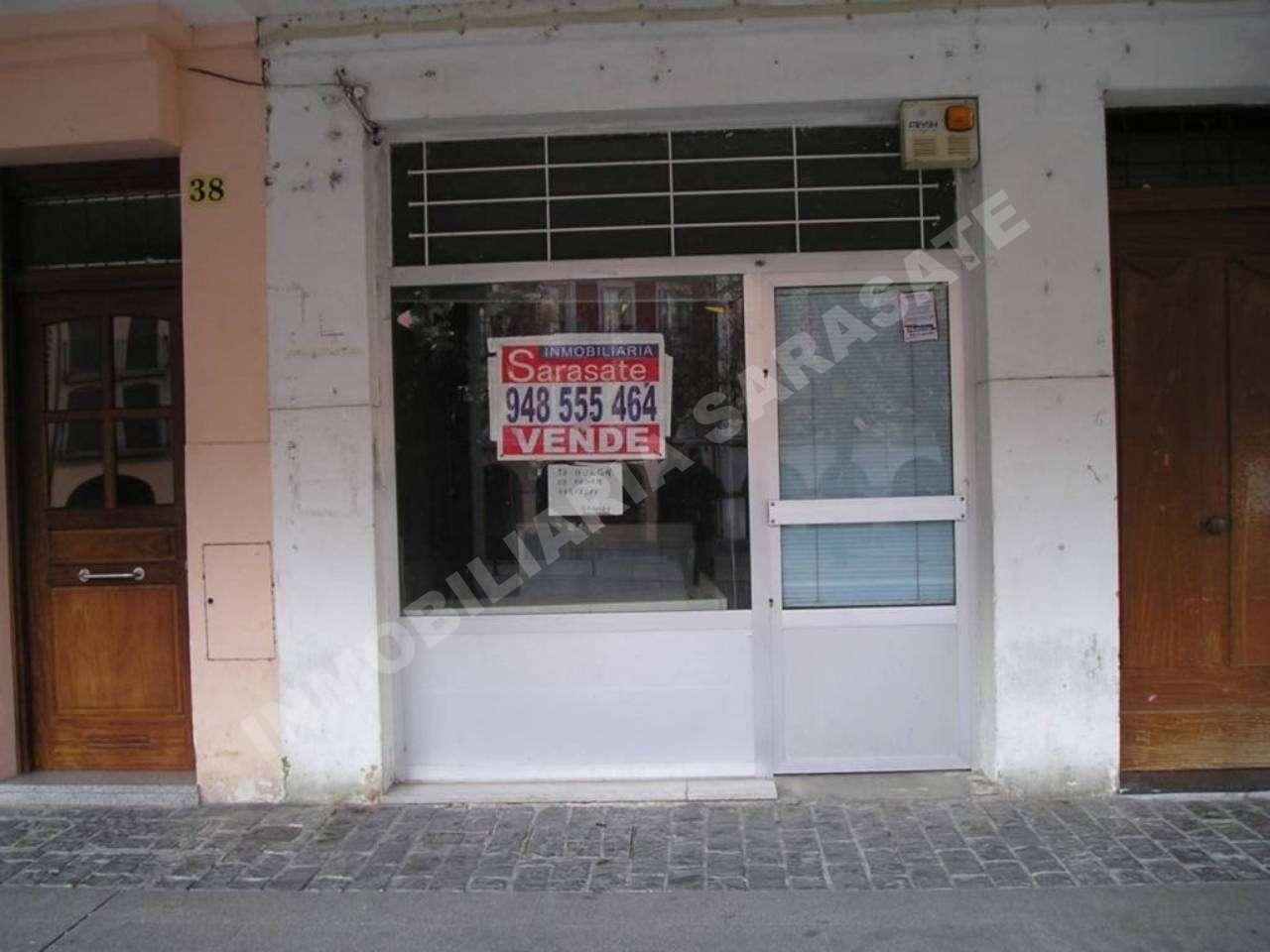 VENTA DE LOCAL COMERCIAL EN PLAZA SANTIAGO, ESTELLA-LIZARRA | REF. (000808)