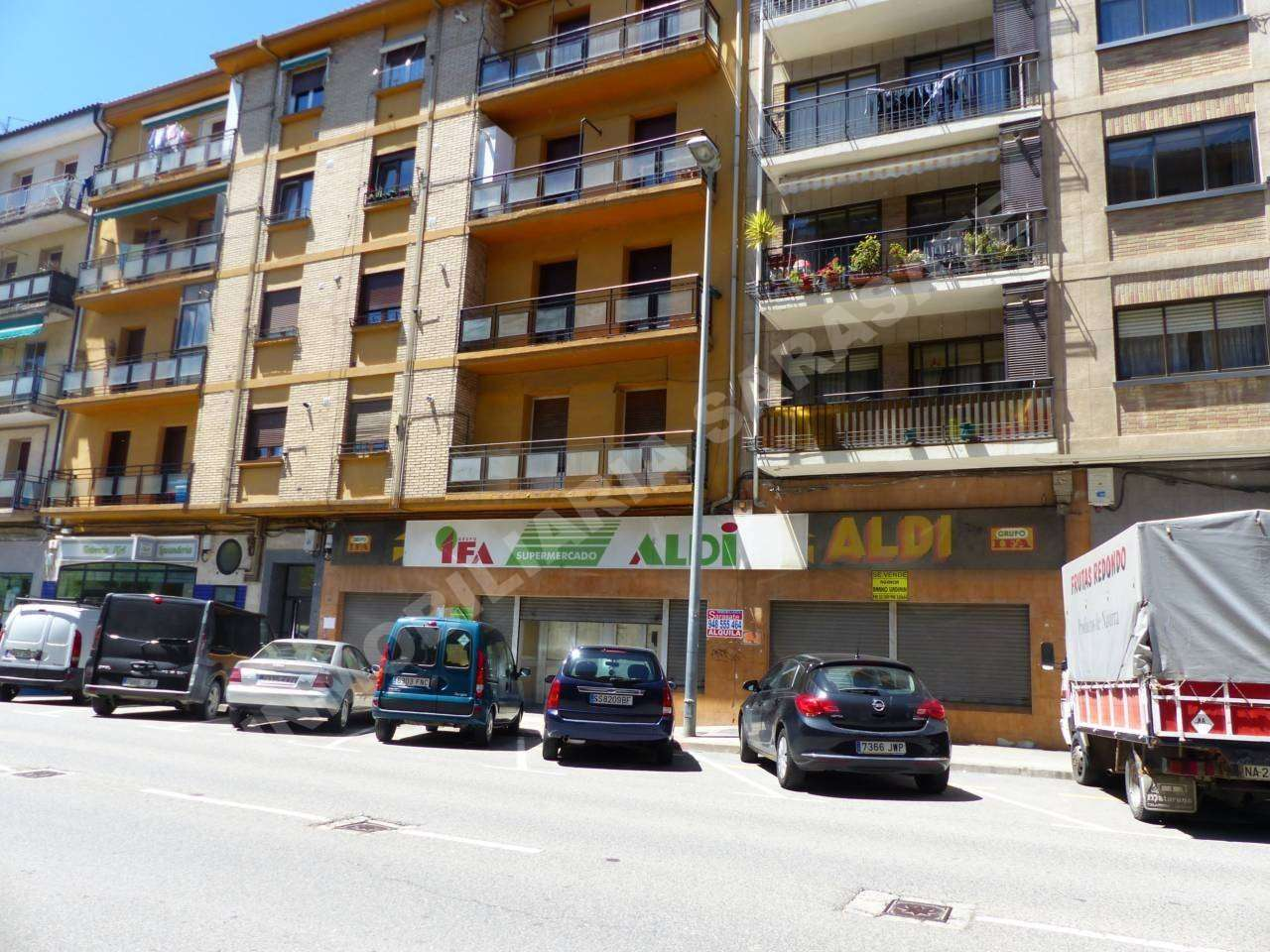 ALQUILER DE LOCAL EN AVD. YERRI, ESTELLA-LIZARRA | REF. (003771)