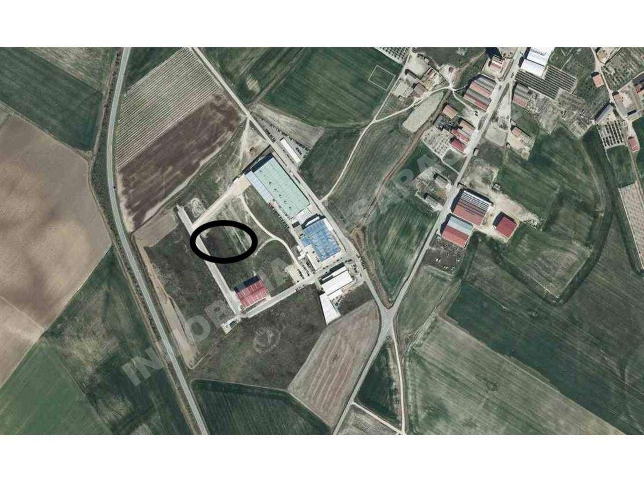 VENTA DE TERRENO INDUSTRIAL EN SESMA, SESMA | REF. (003861)