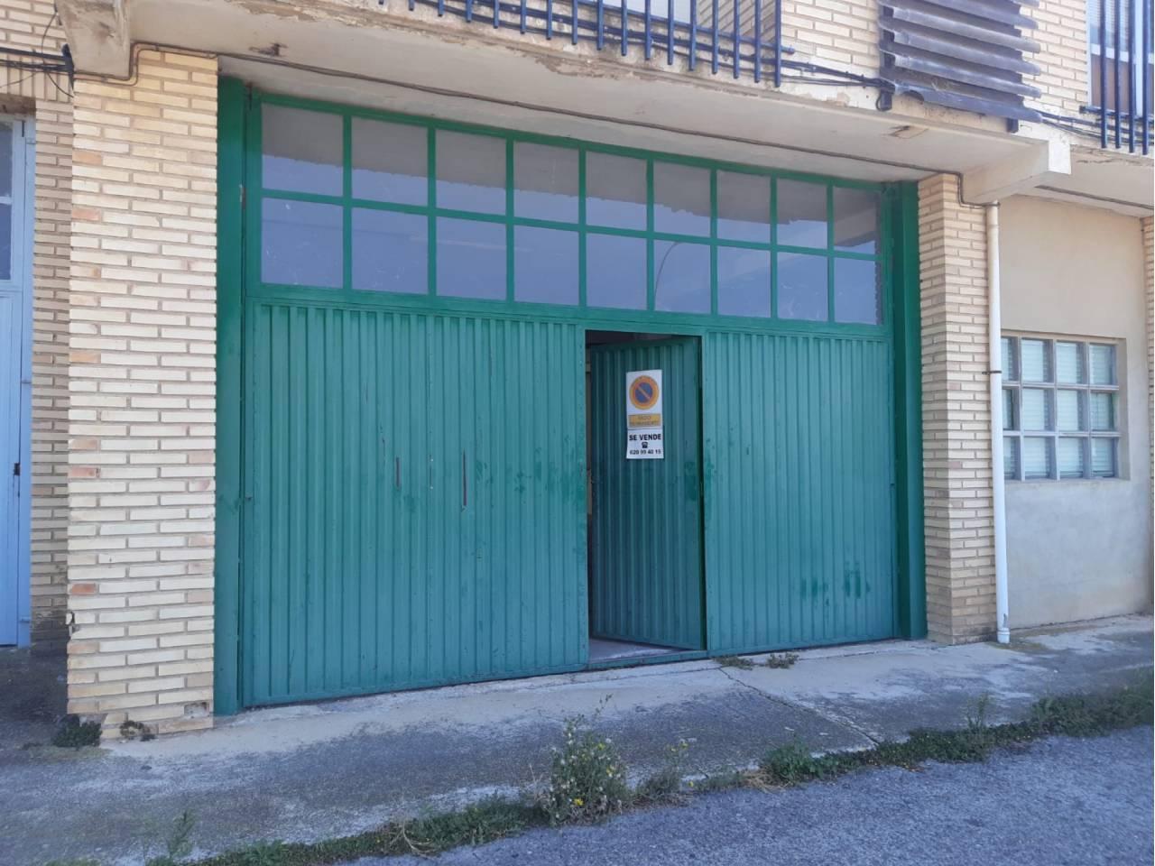 VENTA DE NAVE COMERCIAL EN ALLO, ALLO | REF. (004229)